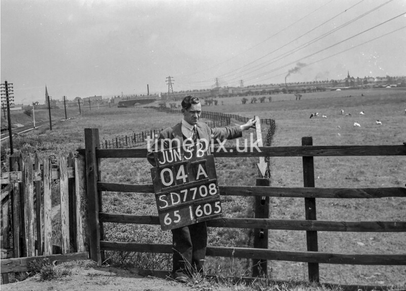 SD770804A, Ordnance Survey Revision Point photograph in Greater Manchester