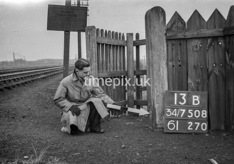 SD750813B, Ordnance Survey Revision Point photograph in Greater Manchester