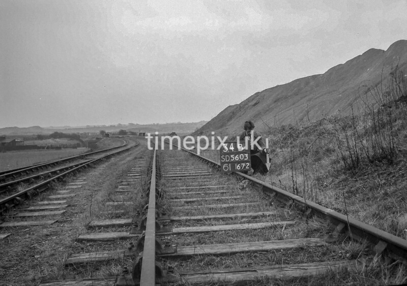 SD560334B, Ordnance Survey Revision Point photograph in Greater Manchester