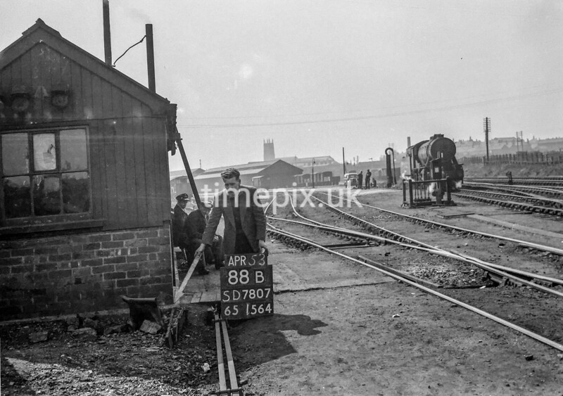 SD780788B, Ordnance Survey Revision Point photograph in Greater Manchester