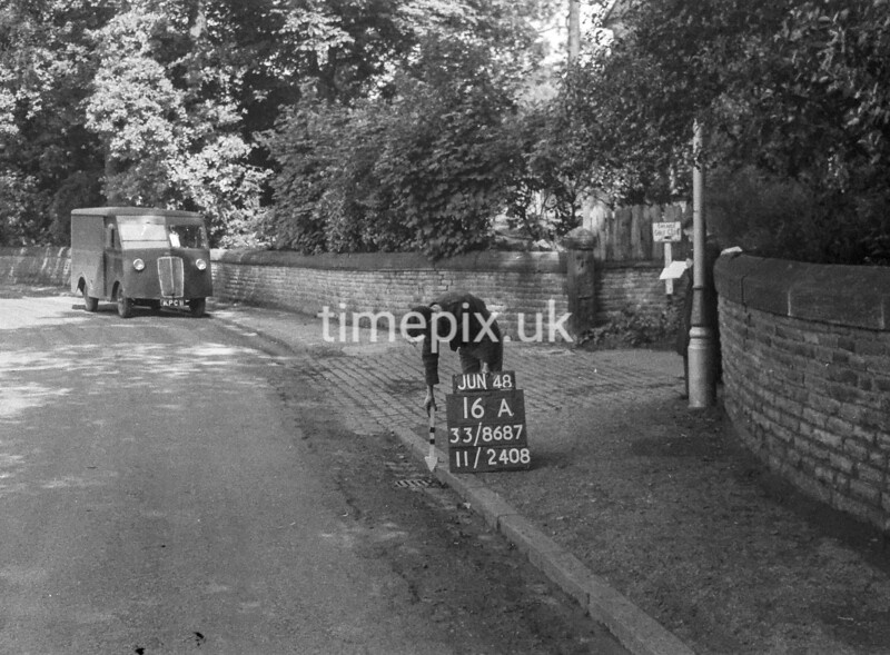 SJ868716A1, Ordnance Survey Revision Point photograph in Greater Manchester