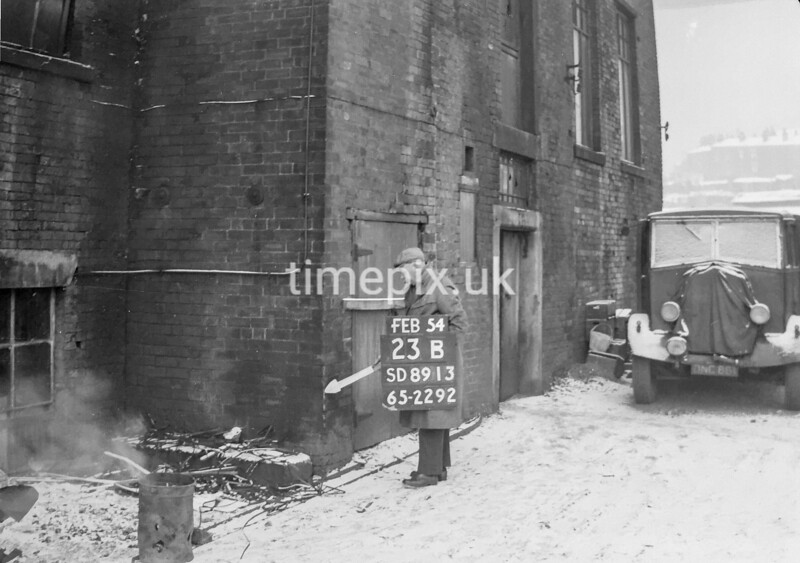 SD891323B, Ordnance Survey Revision Point photograph in Greater Manchester