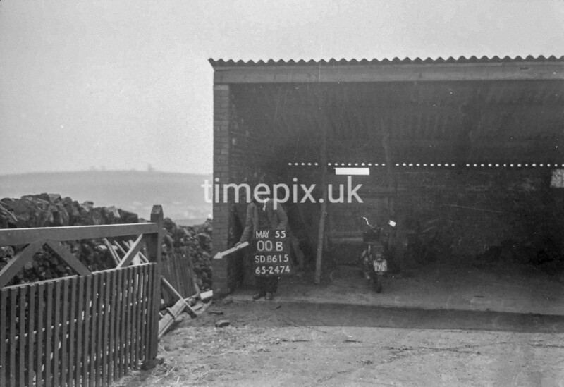 SD861500B, Ordnance Survey Revision Point photograph in Greater Manchester