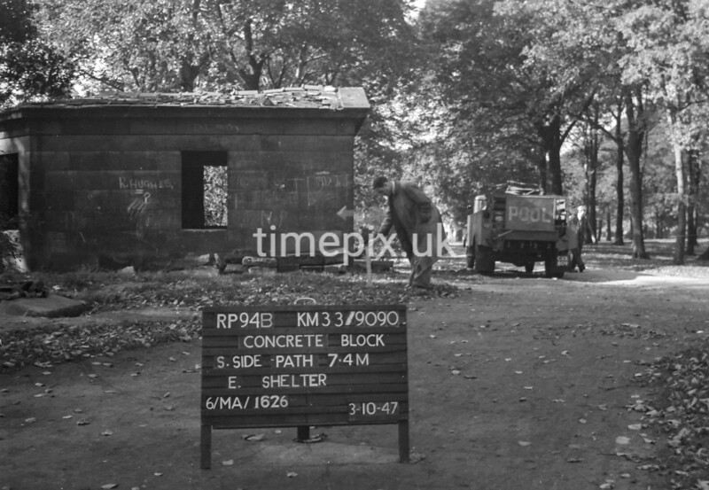 SJ909094B, Ordnance Survey Revision Point photograph in Greater Manchester