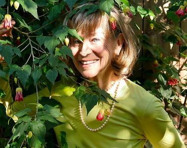 Show info: http://www.zspace.org/smut-an-unseemly-storyThe Greening of Mrs. Donaldson (Nancy Shelby)Photo by Mel Solomon