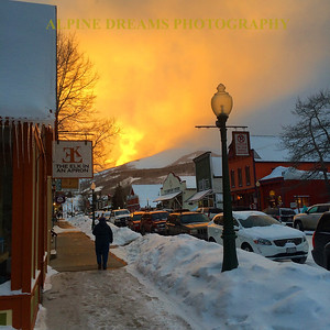 SKY IS ON FIRE IN DOWNTOWN CRESTED BUTTE