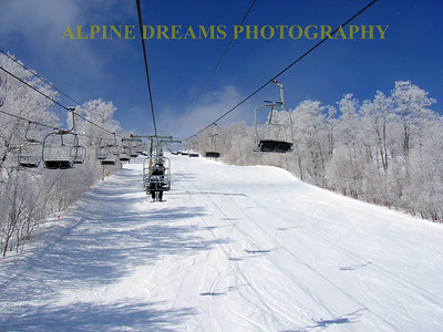 This chairlift  ride shows the frosted oaks and maples. Check out that Sky. It's as blue as out West!