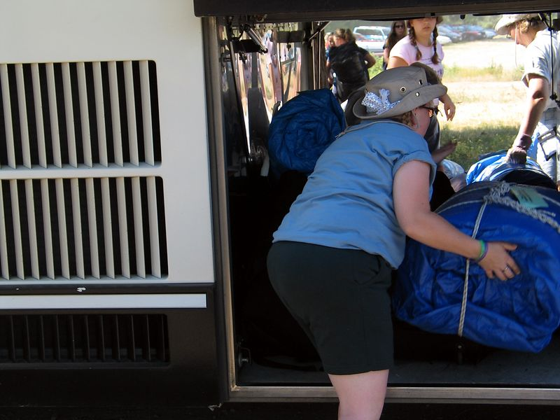 unloading the buses