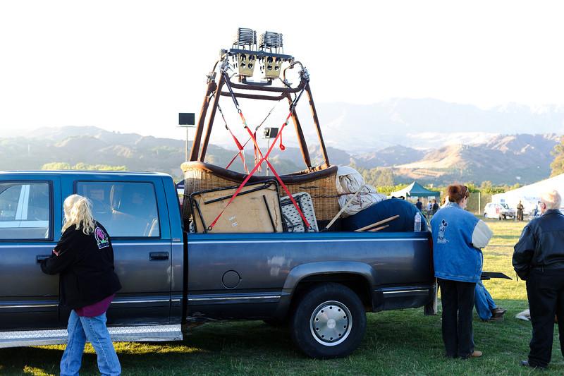 7/27/12  Citrus Classic Balloon Festival in Santa Paula, CA    Do it yourself balloon kit including transportation.