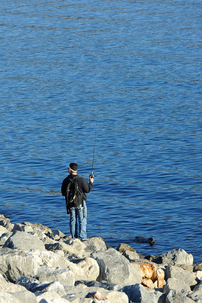 Castaic Lake, pay attention to your fishing!!!
