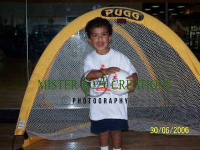 Gold's Gym 6/30/06