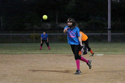 SODIE BASEBALL SOFTBALL T-BALL ACTION
