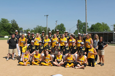 SOFTBALL GOREVILLE LADY BLACKCATS 2010-2011 SECTIONAL CHAMPIONS