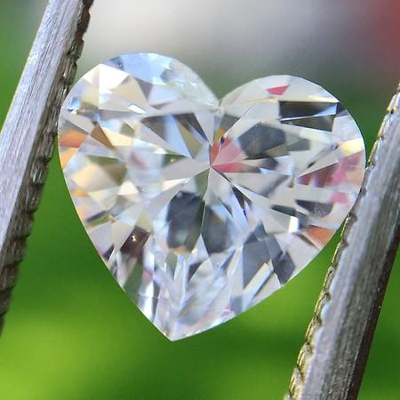 1.01ct Heart Shape Diamond GIA D I1