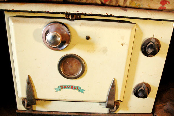 Davell Oven<br /> Miners Quarters
