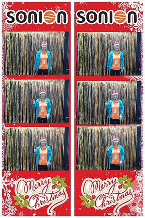 SONION-Vietnam-Christmas-Photobooth-by-WefieBox-032