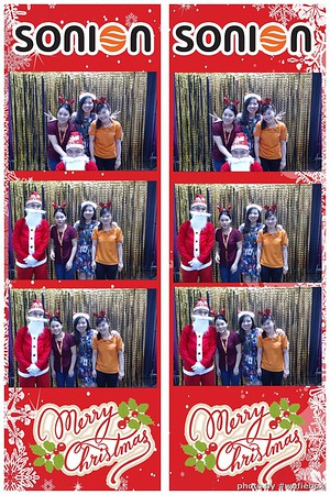 SONION-Vietnam-Christmas-Photobooth-by-WefieBox-024