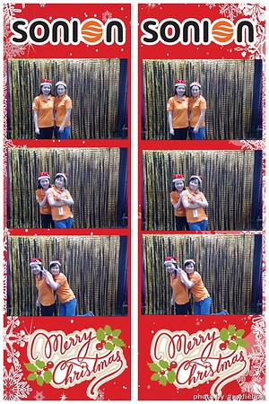 SONION-Vietnam-Christmas-Photobooth-by-WefieBox-042