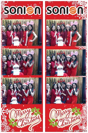 SONION-Vietnam-Christmas-Photobooth-by-WefieBox-050