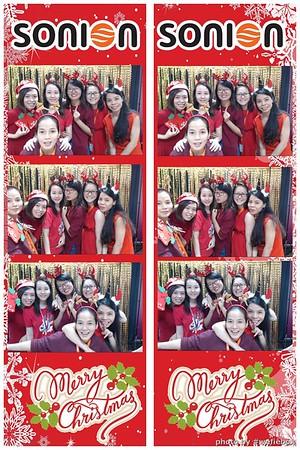 SONION-Vietnam-Christmas-Photobooth-by-WefieBox-049