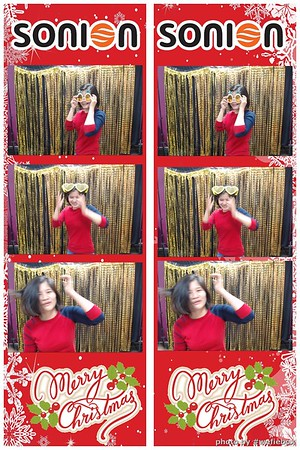 SONION-Vietnam-Christmas-Photobooth-by-WefieBox-008