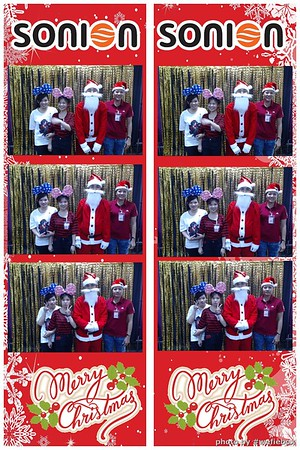 SONION-Vietnam-Christmas-Photobooth-by-WefieBox-043