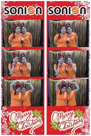 SONION-Vietnam-Christmas-Photobooth-by-WefieBox-065