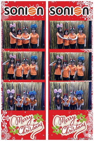 SONION-Vietnam-Christmas-Photobooth-by-WefieBox-036