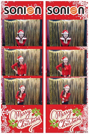 SONION-Vietnam-Christmas-Photobooth-by-WefieBox-003