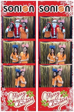 SONION-Vietnam-Christmas-Photobooth-by-WefieBox-066