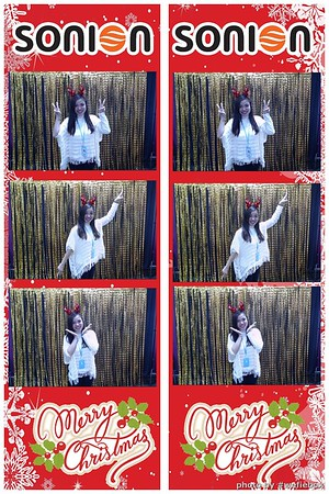 SONION-Vietnam-Christmas-Photobooth-by-WefieBox-027