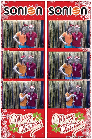 SONION-Vietnam-Christmas-Photobooth-by-WefieBox-044