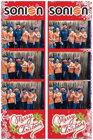 SONION-Vietnam-Christmas-Photobooth-by-WefieBox-048