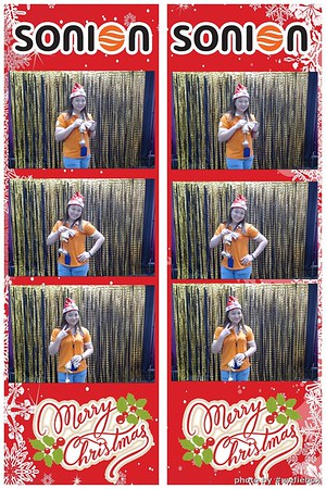 SONION-Vietnam-Christmas-Photobooth-by-WefieBox-046