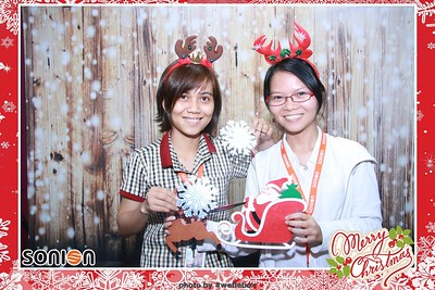SONION-Vietnam-Christmas-Photobooth-by-WefieBox-073