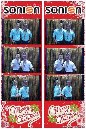 SONION-Vietnam-Christmas-Photobooth-by-WefieBox-054