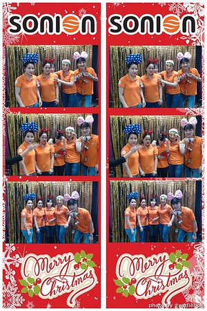 SONION-Vietnam-Christmas-Photobooth-by-WefieBox-019