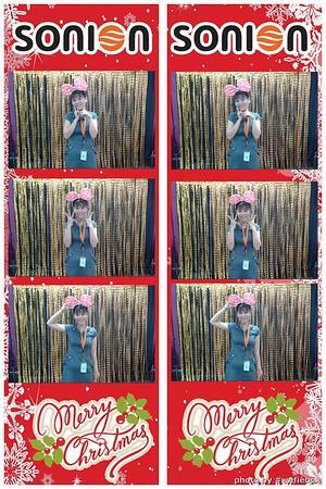 SONION-Vietnam-Christmas-Photobooth-by-WefieBox-052
