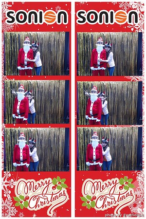 SONION-Vietnam-Christmas-Photobooth-by-WefieBox-022