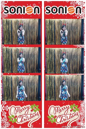 SONION-Vietnam-Christmas-Photobooth-by-WefieBox-026