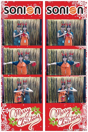SONION-Vietnam-Christmas-Photobooth-by-WefieBox-053