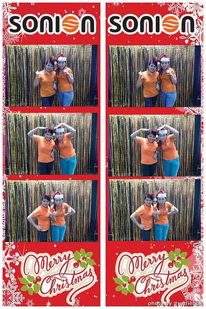 SONION-Vietnam-Christmas-Photobooth-by-WefieBox-029