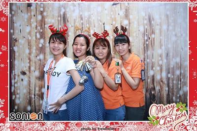SONION-Vietnam-Christmas-Photobooth-by-WefieBox-137