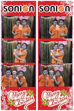 SONION-Vietnam-Christmas-Photobooth-by-WefieBox-013