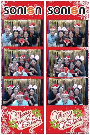 SONION-Vietnam-Christmas-Photobooth-by-WefieBox-061
