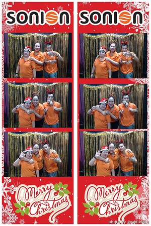 SONION-Vietnam-Christmas-Photobooth-by-WefieBox-016