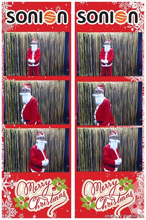 SONION-Vietnam-Christmas-Photobooth-by-WefieBox-031