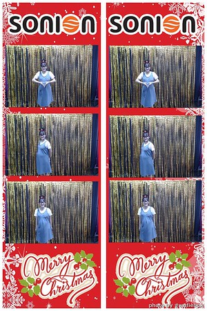 SONION-Vietnam-Christmas-Photobooth-by-WefieBox-033