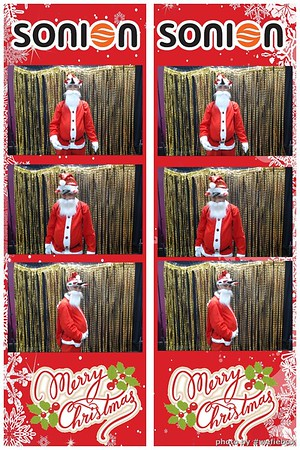 SONION-Vietnam-Christmas-Photobooth-by-WefieBox-010