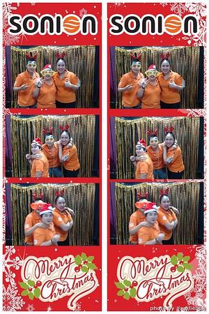 SONION-Vietnam-Christmas-Photobooth-by-WefieBox-015